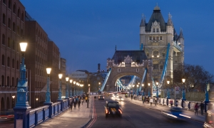Tower Bridge Hero banner 4000x2000px